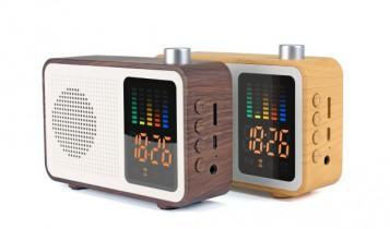 Houten radio bluetooth speaker